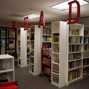 bts-library350