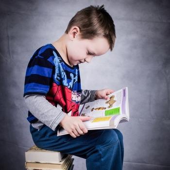 pre-k-boy-reading